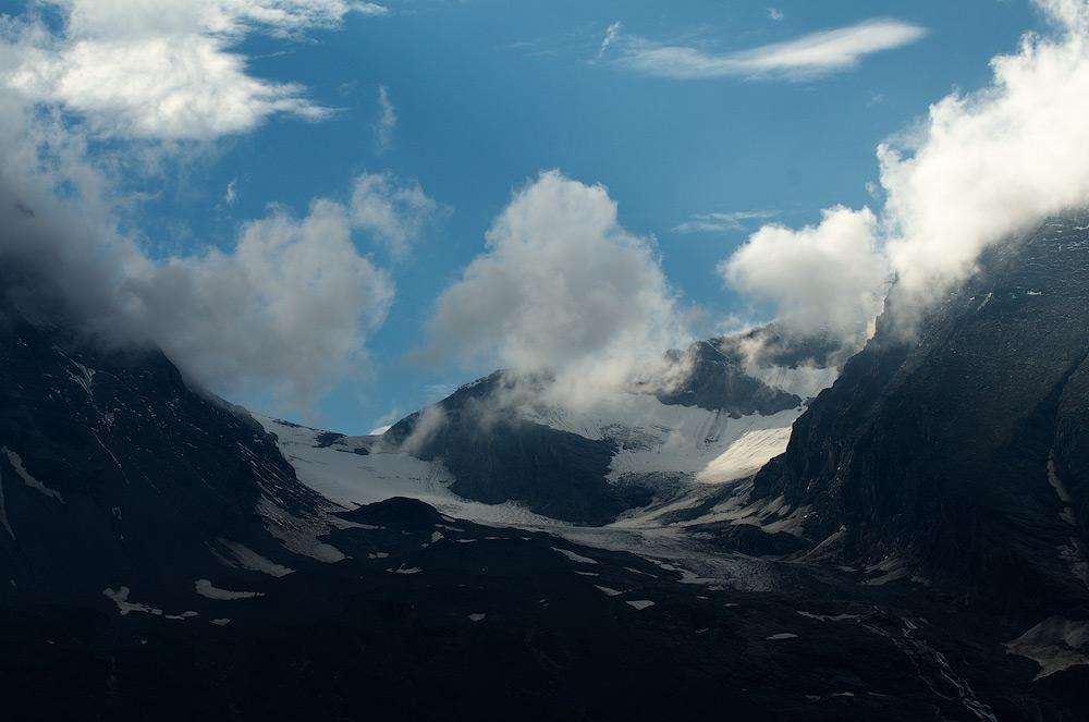 Далеко... високо... Альпи. Панорамна дорога Гросгльокнер, Австрія. © 2013 Alex Nedovizii