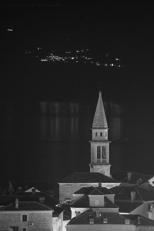 Будва ночью © 2010 Alex Nedoviziy