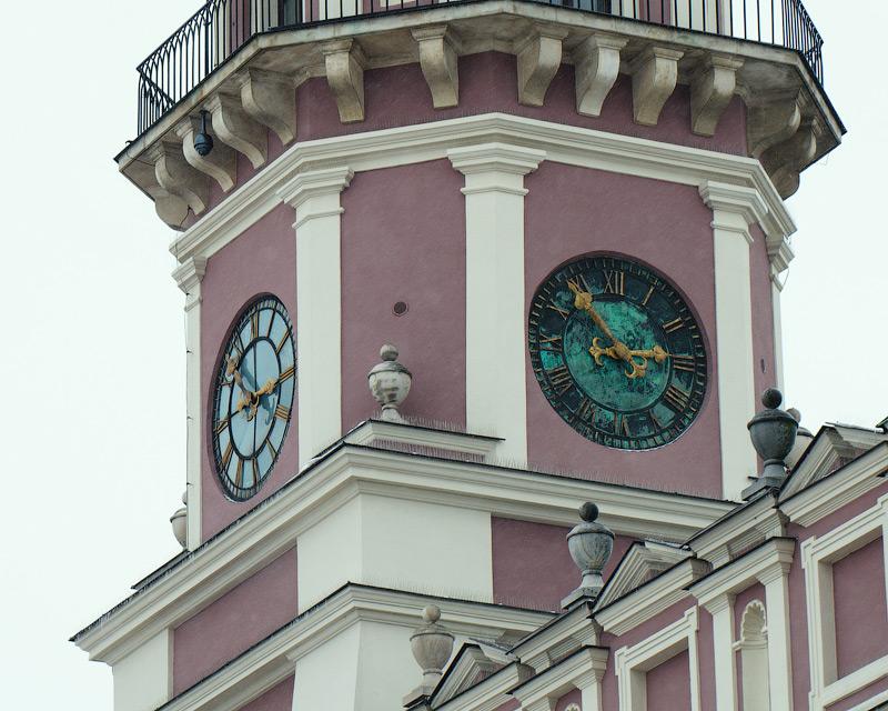 Годинник на Ратуші. Замость, Польща (Zamość, Polska) © 2013 Alex Nedovizii