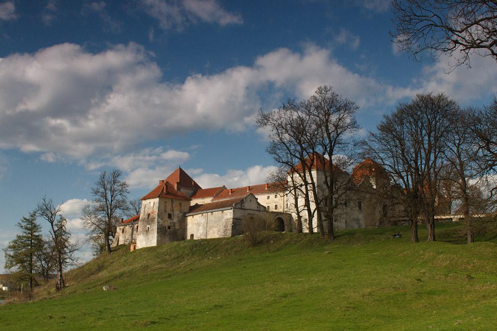 Свиржский замок весной © 2010 Alex Nedoviziy